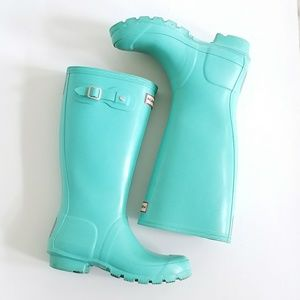 HUNTER girls tiffany blue rain boots